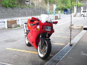 Ducati乗りの交流の広場にした~い サブコン付けて、ウオタニ付けて、やっと燃調が取れて調子がよくなりました。