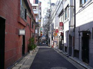 6779 - 日本電波工業(株)  やっと売れました。  日本電波は、非常に高い技術を持つ電子部品の会社です。  米中の貿易摩擦の影響