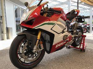 福岡県リターンライダー仲間 バイクの性能が良すぎる、取説は映像で走行中のものが欲しい。