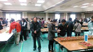 皆さん 此処で語りませんか 今日 愛知県の苺品評会に行ってきました いずれ劣らぬ良いものばかりで とても美味しそうでした  名古