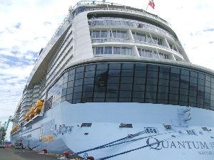 お気に入りの写真を載せよう 八代港に来た クァンタム オブ ザ シーズ   ランサー
