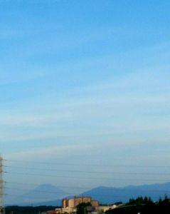 ★心とかす…竹島宏の歌声♪….:*:・'°☆ ★つかの間   うっすらと富士山
