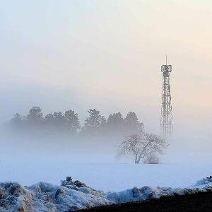 ★  五行歌  ★ 夜   札幌のわが居住区で  今朝の気温氷点下13度  朝 車のエンジン始動せず  JAFに頼んだら