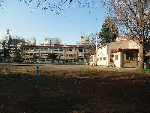 後町小学校5組同級会やるよ! 同級会の4日後、叔母の訃報が届き長野市に行って来た。 クリスチャンだった叔母の葬儀は県町教会、後町小