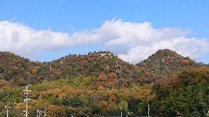 ☆☆岡山の山、大好き☆☆ 龍ノ口も紅葉きれいでしたか? 私は矢掛に行って来ました。道中の山々が紅葉真っ盛り。 嬉しいドライブで