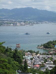 ☆☆岡山の山、大好き☆☆ 夜景はイマイチでした。今日の弥山登りより。