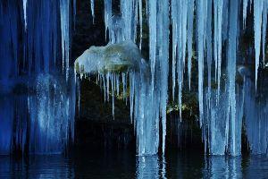☆☆岡山の山、大好き☆☆ 今晩は。  毎日寝ている内の日の出有難うございます。  白川氷柱。