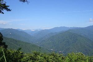 ▲武甲山ファンふたたび▲ 【9月3日に登って来ました】 shiraさん、ご無沙汰しています。 三頭山へは9月3日(日)に登山デ
