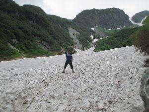 山に登ろう!! 8月ですが、まだ雪渓がたくさん残ってました!  http://blogs.yahoo.co.jp/t