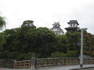 北海道一周 山内一豊で有名です。  此処を差し出すと 小山での 戦評定の際に 居並ぶ 諸将の中にあって 家康に明