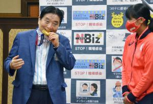 6740 - (株)ジャパンディスプレイ 名古屋市の河村たかし市長が東京五輪ソフトボール日本代表の後藤希友が獲得した金メダルをかじった問題を、