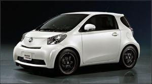 自動車画像コレクション IQ  トヨタの車です!!