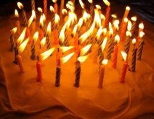 お散歩しましょう♪(岐阜・愛知) お誕生日おめでとうございます  ろうそく。何本あるかなー(笑)