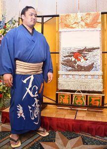 生き物山手線ゲーム 11.ウサギ  鳥取県出身の石浦に地元から贈られた「因幡の白兎」を描いた化粧まわし。最初はとんとん拍