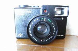 フィルムカメラ(マニュアルフォーカス)がカッコいい! 「アグフア オプテイマ1035」が電池の液漏れをしてAEが不能になりました。 カメラの本をみておりま