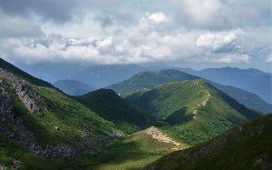 写遊人 乗鞍畳平の魔王岳より広がる、雄大なスケールの穂高岳連峰。