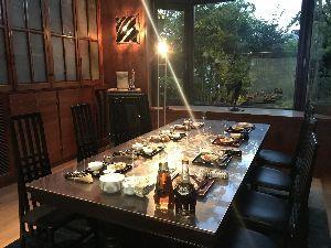 お気楽に生きる。 前略  今宵は、別邸にて久し振りにゲストを迎えてのホームパーティーであった。  メインは、鰻料理に季