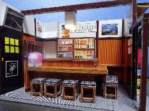 ペーパークラフト オリジナル設計で「居酒屋」を作ってみました。 客やオヤジなどの人物を「立版古」風に作ろうと思いました