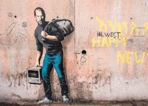 英語趣味の福袋(疑問満載) arts   Banksy painting 'self-destructs'