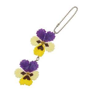 ビーズで遊ぼう♪ パンジーの花が二つ並ぶデザインでしたが、一つずつストラップにして親しい友達にプレゼントしました。編ん