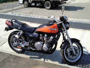 発信元 陸前高田から これからの季節はオートバイですね✌ Kawasaki ゼファー750㏄😀