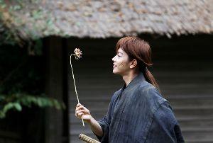 映画好き何でも話せる静岡県人集合♪ こんばんは。なぽさん。(^_^) 寒さが日ごとに増してきますね。 でも、寒さに比例して街のイルミネー