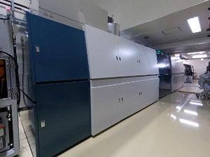 6965 - 浜松ホトニクス(株) 浜松ホトニクスは18日、高出力の産業用レーザー装置を開発したと発表した。出力は他社の既存製品の約10