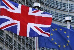 凡人の妄想トレーディング 暫くぶりに経済の話・・・・・・汗  米国、欧州何れも動いているのですが、やはり欧州英国の動向に気にな