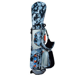 7638 - (株)NEW ART HOLDINGS キャリーバッグなども新発売です。 今年になって、ゴルフ用の傘とかポロシャツとか、立て続けにリリースし