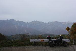 お仲間募集してます。(長野県東北信) 春に行きたい信州 その1  鬼無里のトンネル抜けて北アルプスがデーンと見えるトコとか