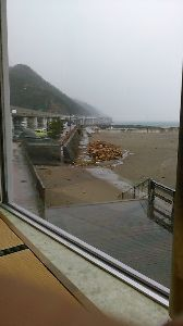 お仲間募集してます。(長野県東北信)   雨なんで、4輪車でトコトコ「親不知」まで 出かけました。カニ天丼を食べたかったから。 自分は「イ