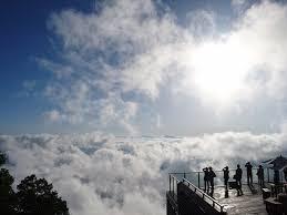 三文字熟語しりとり 雲海中  山頂で体験できるらしいです。 でも登山は滅多にしません・・・