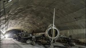 7003 - (株)三井E&Sホールディングス 地下基地にしまわれたまま、朽ちていく旧型機たち(´-ω-`)
