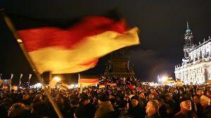 福島原発の責任は自民党政府にあり! 「排外デモなんて欧米では考えられない   ドイツ「反移民デモに過去最多の1万8000人が参加」