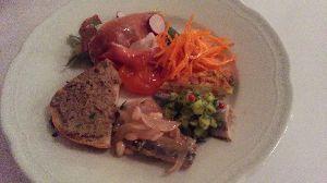 備忘録 今日の夜はイタリア、マルケ州のお料理を。料理はどれも素材を活かしたシンプルな味わいでどれも美味しい。