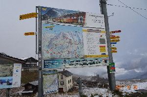 ヨーロッパが大好きな人、集まれ! 昨年、秋の旅行でスイスでチーズフォンデュたべました。 少し、チーズのくせがつよかった。