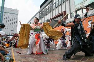 友だちになりませんか? 岡山に伝わる桃太郎伝説をブログに乗せました~。 毎年8月にはうらじゃ祭りが開催され顔に鬼のメークをし