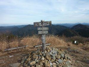 山歩きしませんか 「東鳳翩山(734.2m)」トレッキング  昨日(1/7)山口市「臣民登山教室の会」主催の&ldqu
