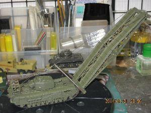 ちっこい戦車模型好きの板 実物は巨大でも、1/76ならたくさん並べて一度に展示・比較が可能ですよね。  ただ、世界の趨勢は、1