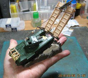 ちっこい戦車模型好きの板 作業台のうえの小さな世界。