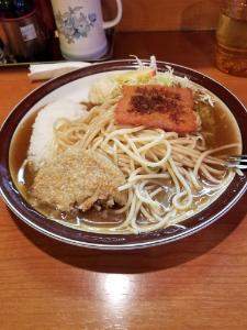 放置トレーダーの憩いの場 ランチは友達のお店の! 名古屋独特あんかけパスタ… 食べかけ(^o^) 凄い老舗で&h