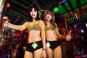 分家バリバゴクラブ 今、 バリバゴクラブは、、 ヒリピン旅行中の、日本人民に、、、 いかにして、 金を、 送るか、 研究