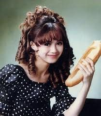 ☆。・アイドル大好き・。☆ 加賀まりこさん 過去にも現在にも彼女以上に小顔で可愛いアイドルは存在しない。