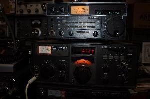 名機よ永遠に!いにしえの通信型受信機とBCLラジオについて語りませんか? 昨日よりアイコム、IC-720AをHFバンドで使い始めました。(最もピュアな短波専用受信機ですが&h