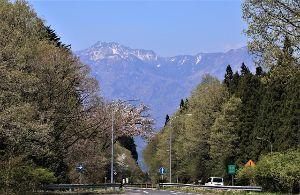 60歳になりました♪ 20日、日光に行って来ました。 女峰山(2483m)の現況を眼で確かめる為です。 5月or6月に登ろ
