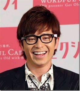 芸能関係山手線ゲーム 22.藤森慎吾さん  1983年3月17日生まれの34歳 お笑いタレントで俳優や歌手としても活動。