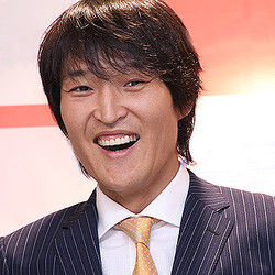芸能関係山手線ゲーム 20.千原ジュニアさん  お笑い芸人です。 1974年の本日(3月30日)誕生日で43歳になられまし