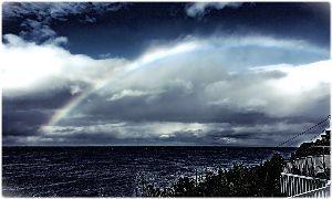 """59才になりました♪ こちら…虹が見えました。道北からオホーツク海へ抜ける様です。 """"無縁坂&qu"""