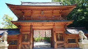 しまなみ海道!走破にむけて^^/ 大山祇神社は由緒ある神社らしい^^; ここでは、ヘルメットへ張るお守りを購入^^/ 旅の安全を祈願し