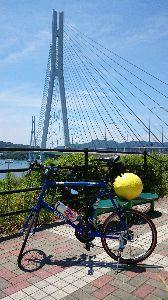 しまなみ海道!走破にむけて^^/ 次に渡る橋は、多々良大橋です。 斜張橋ですね^^/